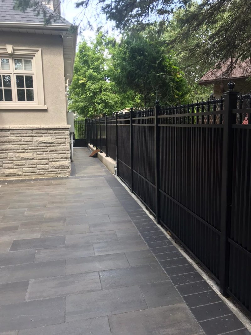 aluminum privacy fencing vaughan