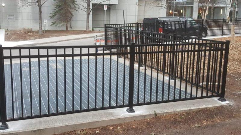 aluminum picket fence toronto